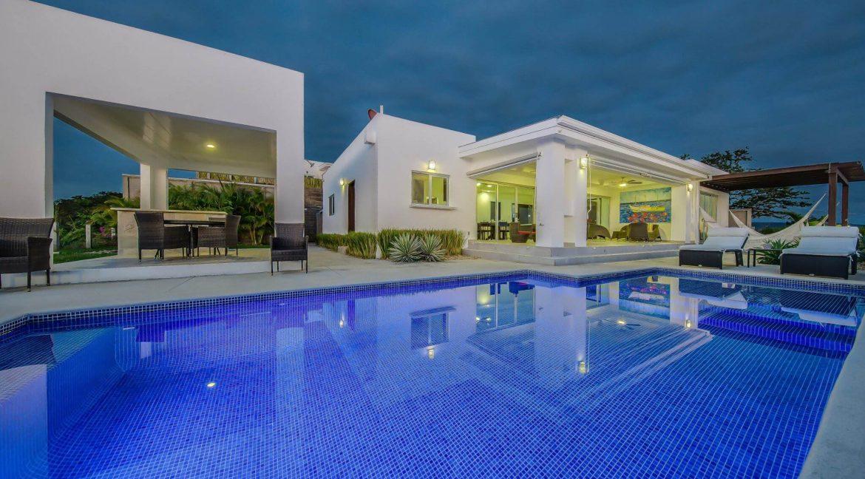 2-San-Juan-Del-Sur-Nicaragua-House-for-Sale-17