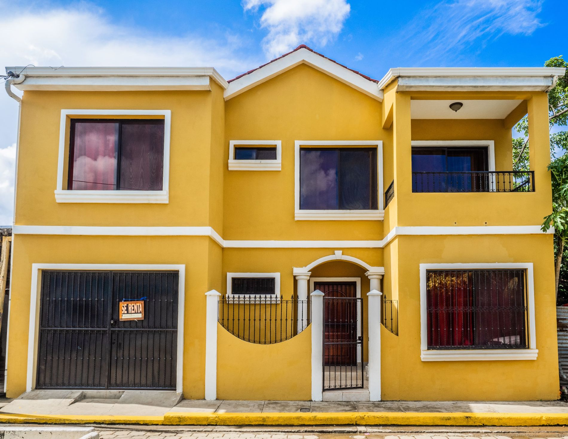 New Three Bedroom Home in the Center of Town