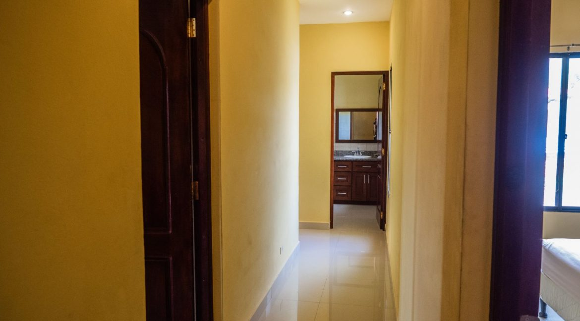 2-Story-Centrally-Located-House-26-min