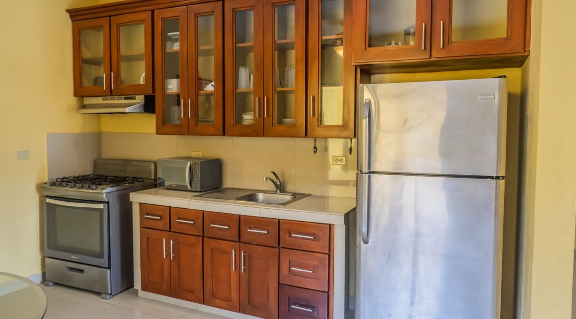 2-Story-Centrally-Located-House-8-min