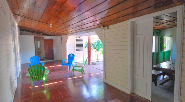 Beach-Road-Six-Bedroom-Property-10-1200x1000