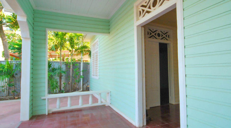 Beach-Road-Six-Bedroom-Property-14-1200x1000
