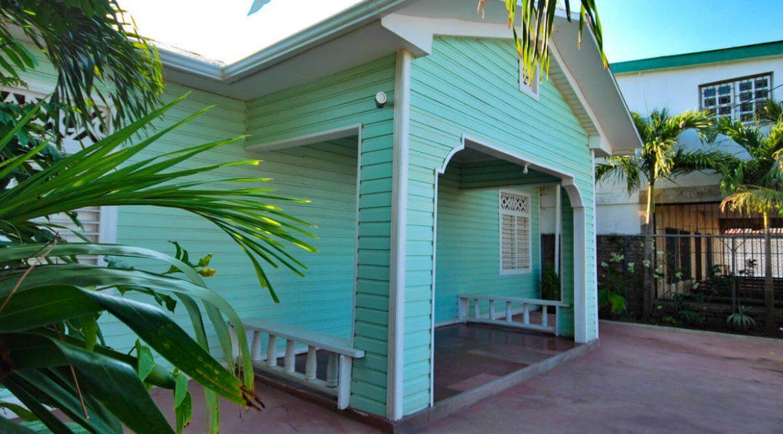 Beach-Road-Six-Bedroom-Property-5-1200x1000
