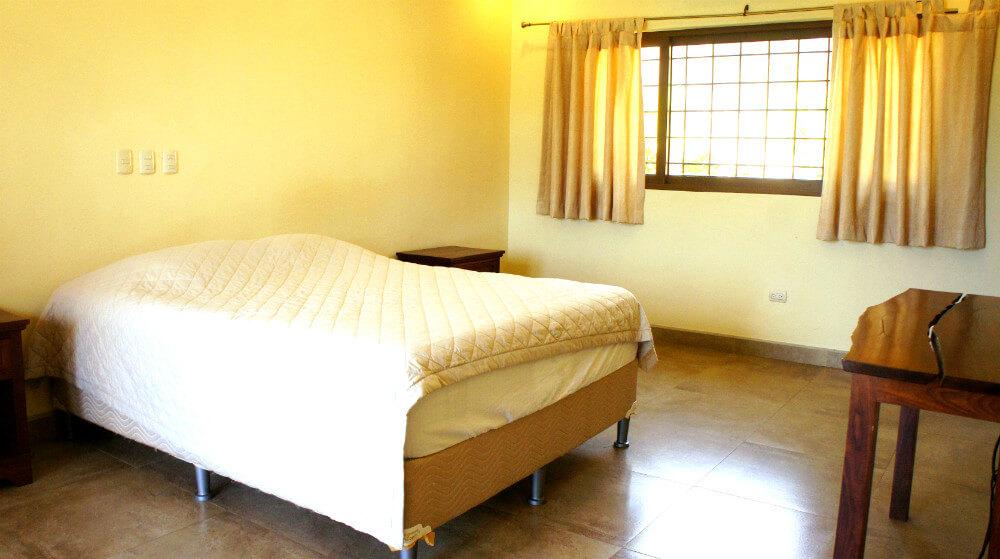 Holmann-House-Bedroom2