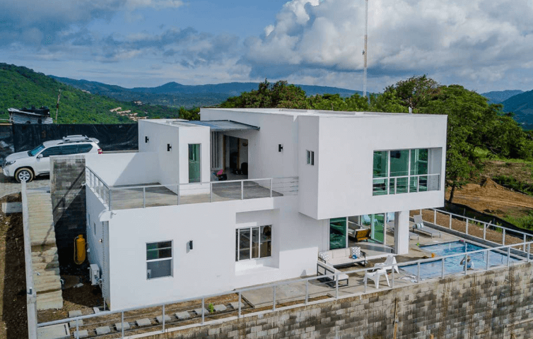 Modern Four Bedroom Villa With Incredible Views