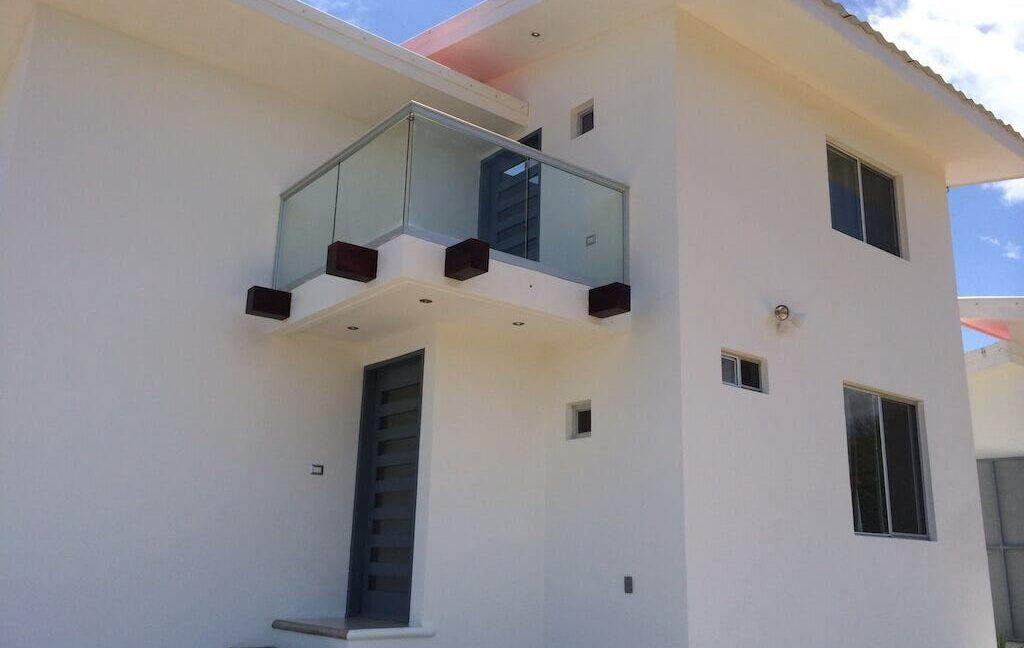 Cala-Bahia-Azul-Detail-of-outside-house