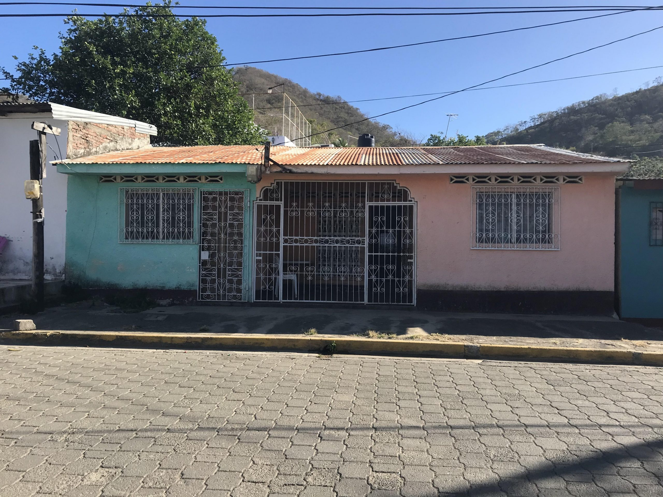 Centrally located 7 Bedroom House