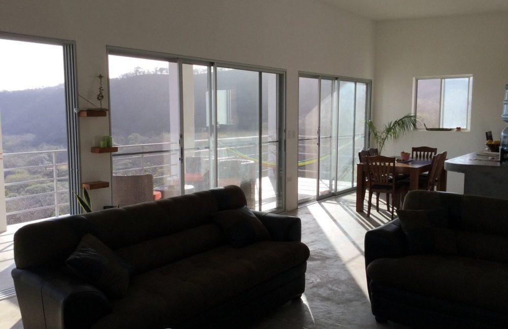 La-Terazza-Townhome-Top-Unit-Living-Room-e1455744214527-min