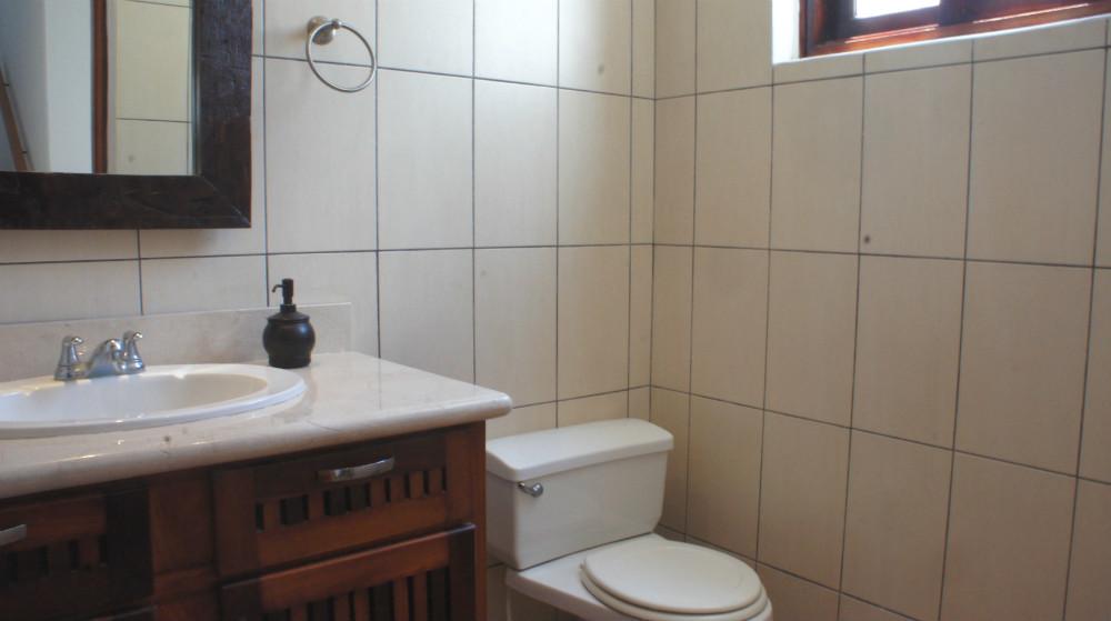 Villa-del-Mar-Half-Bath