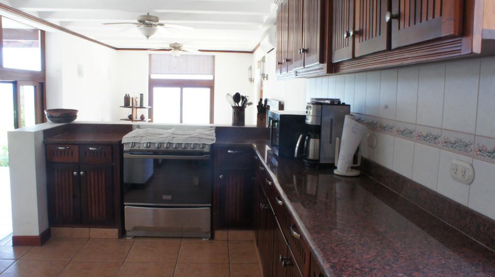 Villa-del-Mar-Kitchen