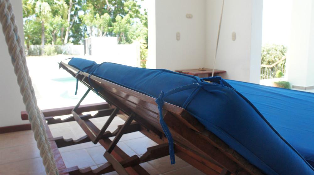 Villa-del-Mar-Swing-Chair